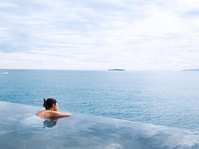 ホテルニューアカオ(ロイヤルウイング) 露天風呂