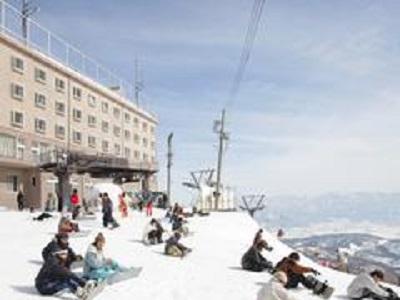 グループ貸切バスで行く スキー&スノーボードツアー